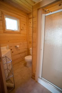 A detail photo of the bathroom at one of the Kettle Falls resort cabins.