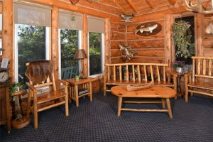 Guest seating space inside the Lodge at Kettle Falls.